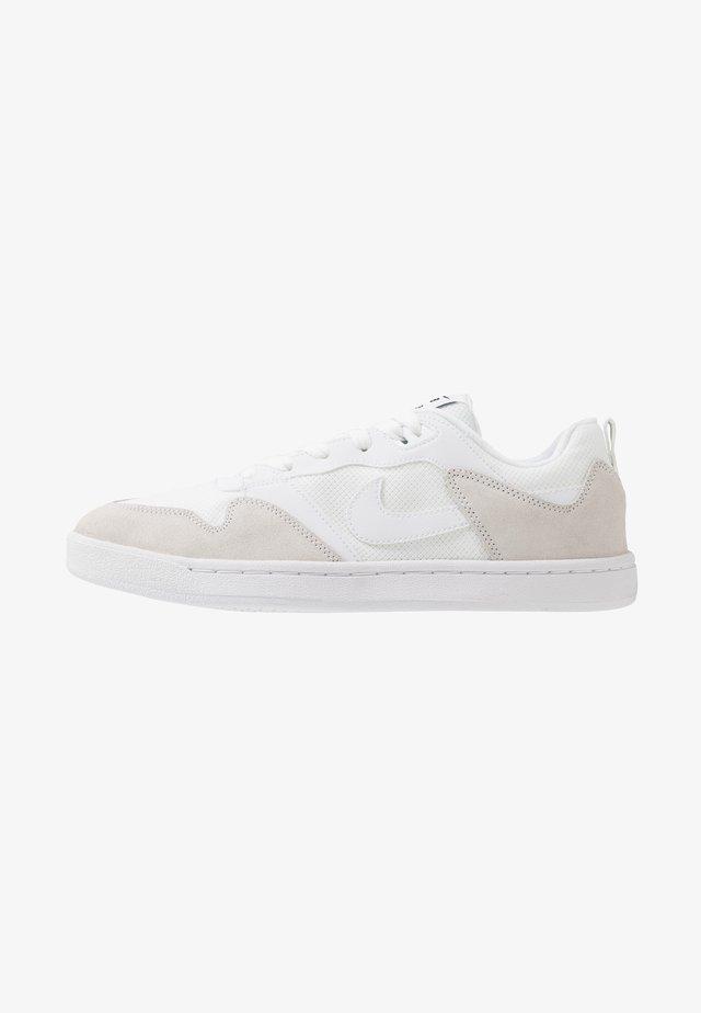 ALLEYOOP UNISEX - Scarpe skate - white