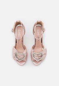 Lulipa London - JOJO - Korkeakorkoiset sandaalit - blush shimmer - 5