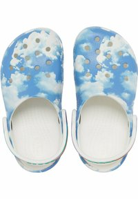 Crocs - CLASSIC OUT OF THIS WORLD - Pool slides - white - 2