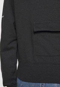 Nike Sportswear - CREW  - Mikina - black/white - 6