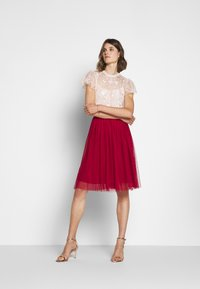 Needle & Thread - KISSES MIDI SKIRT EXCLUSIVE - A-line skirt - deep red - 1
