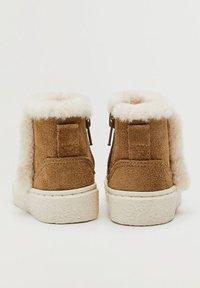 Mango - INUKB - Winter boots - hnědá - 3