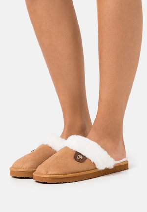 Slippers - camel
