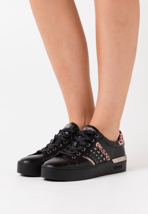 SILVIA - Zapatillas - black
