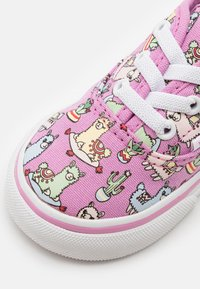 Vans - AUTHENTIC ELASTIC LACE - Sneakers laag - orchid/true white - 5