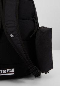 Nike Sportswear - UNISEX - Juego de mochilas escolares - black/white - 6