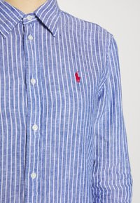 Polo Ralph Lauren - RELAXED LONG SLEEVE - Košile - royal/white - 4