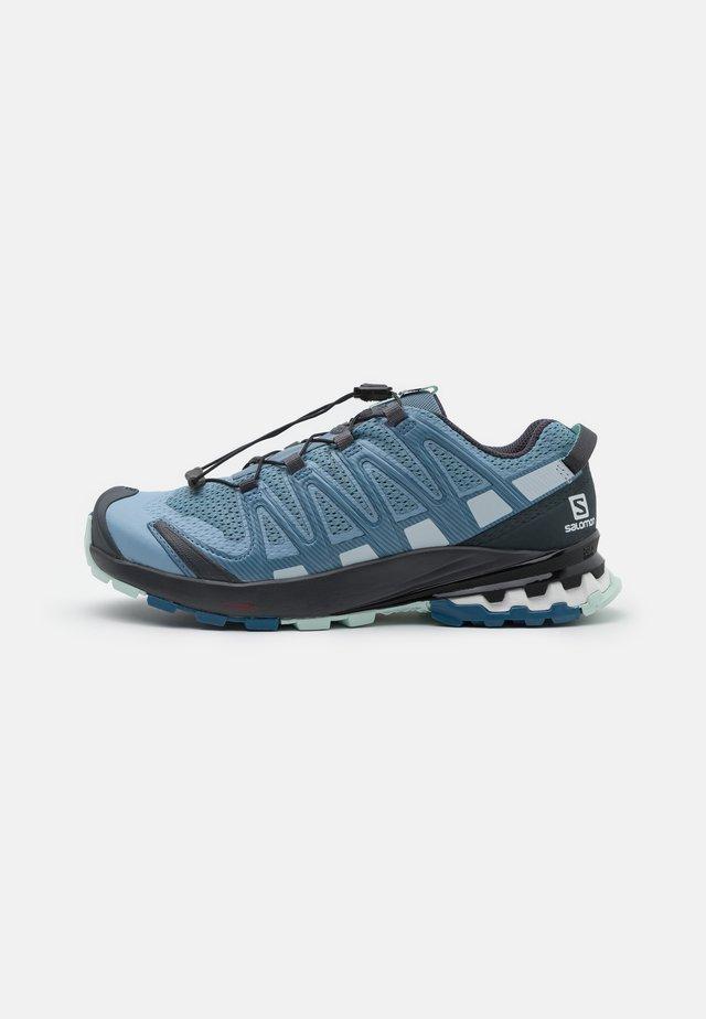 XA PRO 3D V8 - Løbesko trail - ashley blue/ebony/opal blue