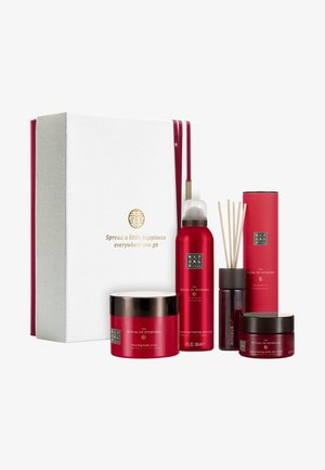 THE RITUAL OF AYURVEDA GIFT SET LARGE, REBALANCING COLLECTION  - Bath and body set - -