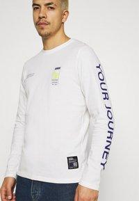 Redefined Rebel - RRMUSA TEE - Långärmad tröja - offwhite - 5