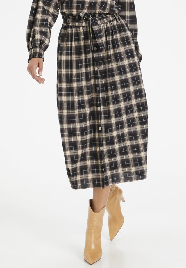 A-line skirt - black check