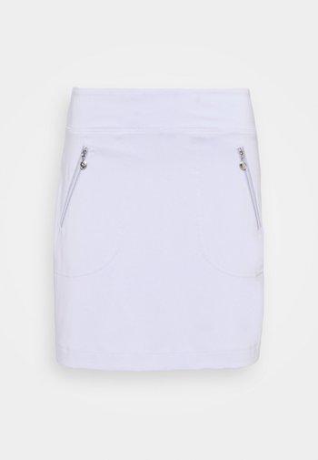 MADGE SKORT - Sports skirt - salvia