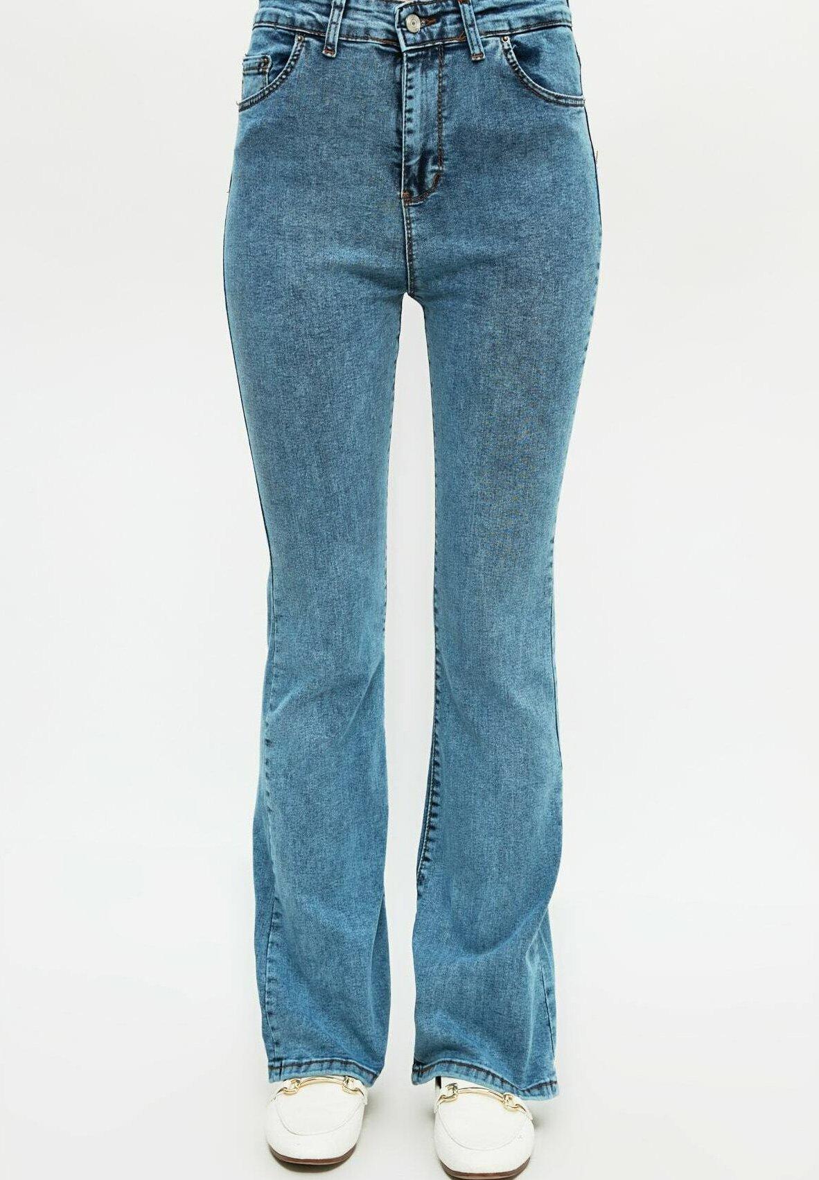 Femme Jean bootcut