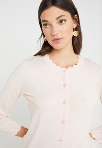 kate spade new york - SCALLOP - Cardigan - pink sand - 4