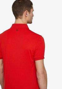 J.LINDEBERG - TOUR TECH SLIM - Sports shirt - racing red - 3