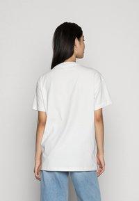 Vero Moda - VMOBENTA OVERSIZED 2-PACK - Basic T-shirt - black & white - 3