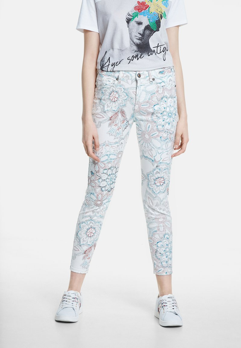 Desigual - DELFOS - Jeans Skinny Fit - white