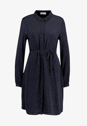 ANASTACIA PRINT DRESS - Košilové šaty - graphic navy