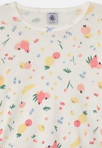 Petit Bateau - FRUIT PRINT - Pyjama set - marshmallow - 3