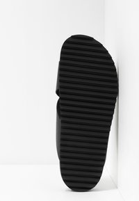 Shoe The Bear - CROSS - Mules - black - 4