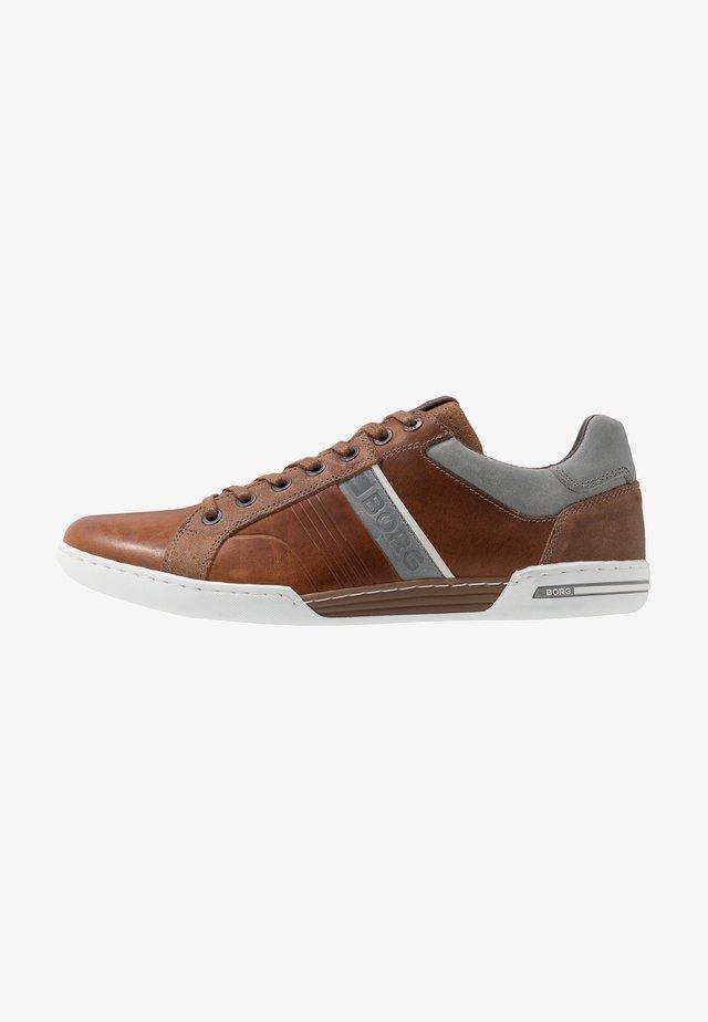 COLTRANE - Sneakers laag - tan