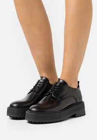 Zign - Šněrovací boty - black - 0