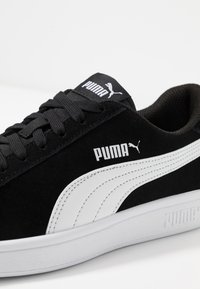 Puma - SMASH V2 UNISEX - Trainers - black/white/silver - 5