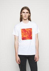 rag & bone - CAMO BOX TEE - T-shirt imprimé - white - 0