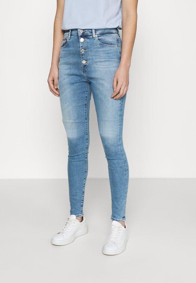 SYLVIA  - Skinny džíny - light-blue denim