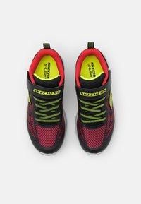 Skechers - VORTEX FLASH - Trainers - black/red/lime - 3
