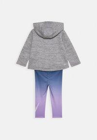 Nike Sportswear - THERMA SET - veste en sweat zippée - violet star - 1