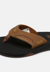 Reef - FANNING - T-bar sandals - grey khaki - 6