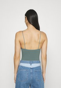 BDG Urban Outfitters - BUNGEE STRAP THONG - Top - stormy sea - 2