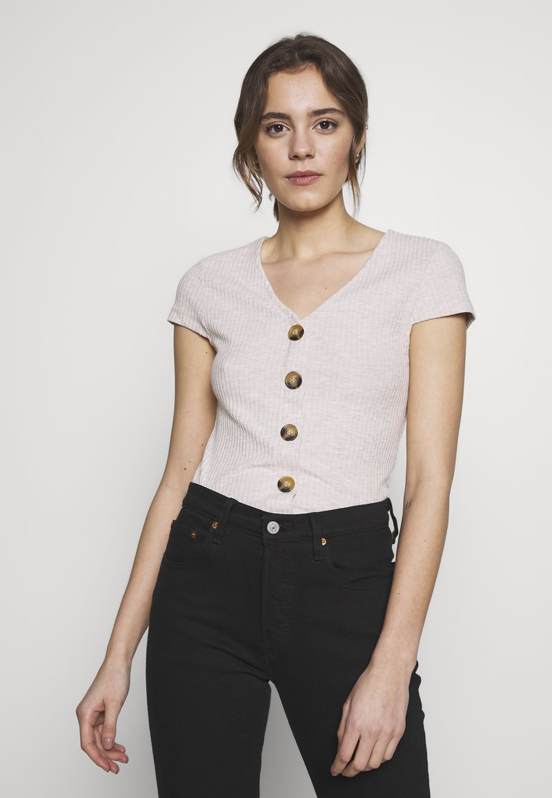 ONLY - ONLNELLA BUTTON - T-shirts med print - pumice stone/melange