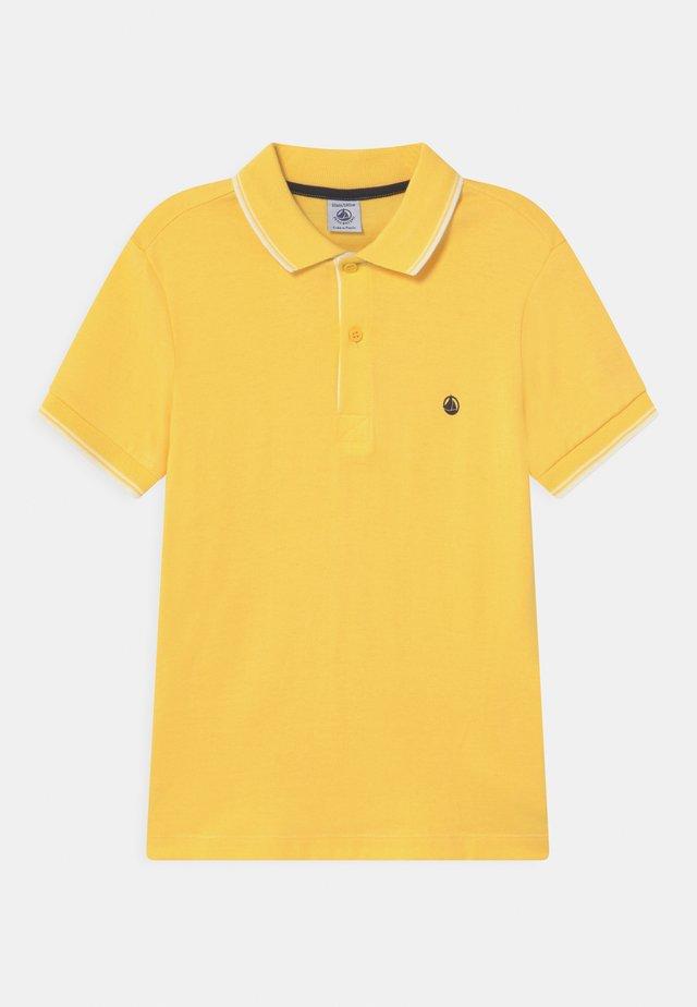 MIPE - Polo shirt - yellow