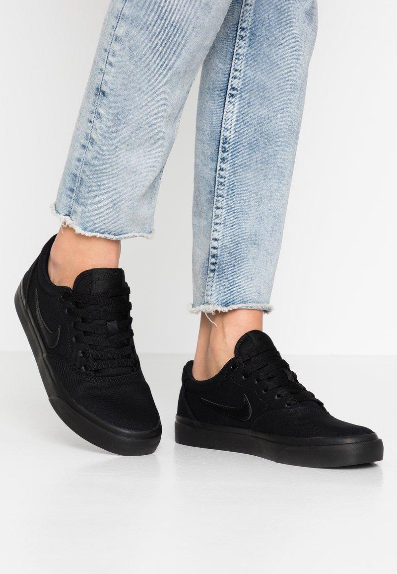 Nike SB - CHARGE - Trainers - black