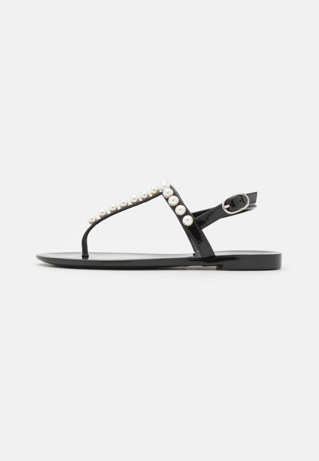 GOLDIE - Teensandalen - black
