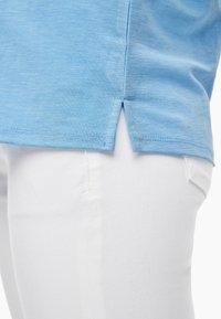 s.Oliver - Basic T-shirt - light blue - 3