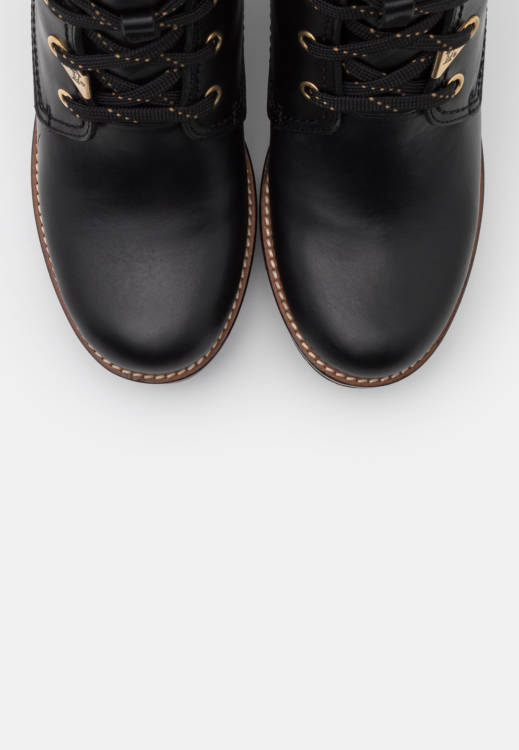 PHOEBE BROOKLYN Enkellaarsjes met plateauzool black
