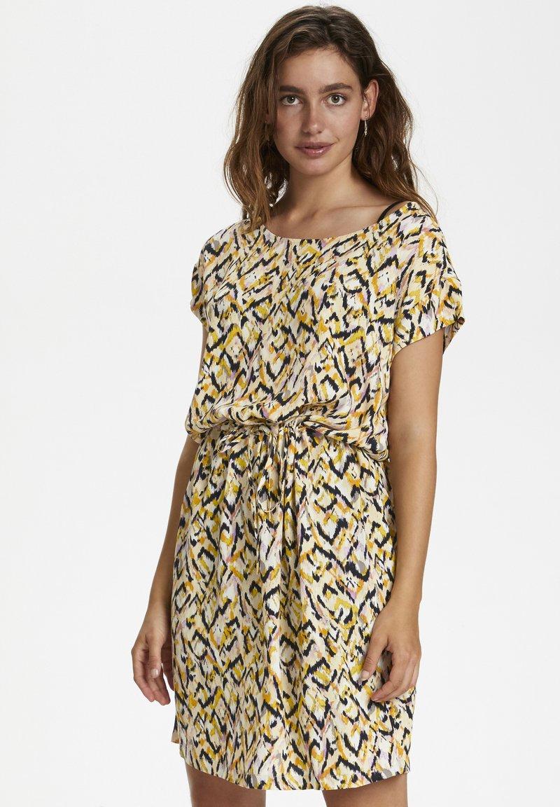 Soaked in Luxury - SL LAVADA - Sukienka letnia - mottled yellow