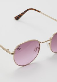 Jeepers Peepers - Sunglasses - gold/pink lens - 2