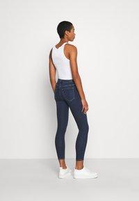 Abercrombie & Fitch - DARK CLEAN - Jeans Skinny Fit - indigo - 2