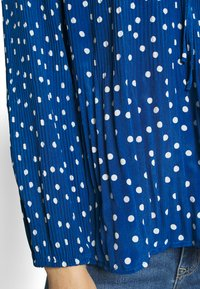 U Collection by Forever Unique - Bluzka - blue - 5