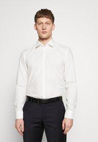 HUGO - JENNO SLIM FIT - Camicia elegante - natural - 2