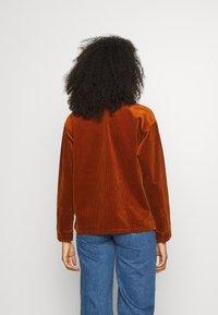 Carhartt WIP - FOYA SHIRT JACKET - Summer jacket - brandy - 3