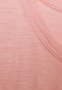 Thought - FAIRTRADE ORGANIC TEE - Jednoduché triko - light pink - 2