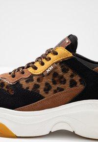 XTI - Sneakers - panama - 2