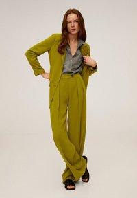 Mango - GRETITA - Button-down blouse - khaki - 1