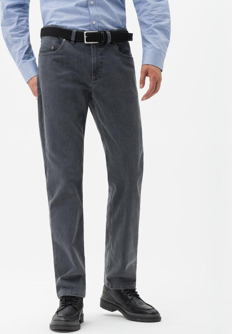 BRAX - STYLE LUKE - Jeans Straight Leg - gray