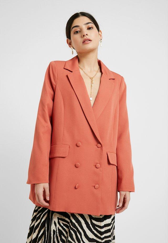 GRANDAD OVERSIZED - Short coat - rust